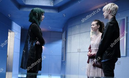 Emma Dumont as Lorna Dane/Polaris, Anjelica Bette Fellini as Rebecca/Twist and Percy Hynes White as Andy Strucker