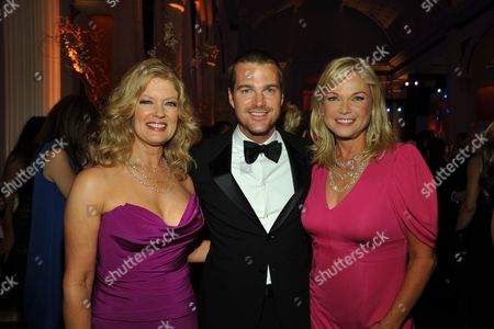 Mary Hart, Chris O'Donnell and Linda Bell Blue