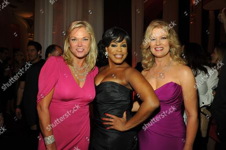 Linda Bell Blue, Niecy Nash and Mary Hart