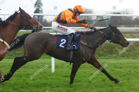 Stock Picture of POTTERS MIDNIGHT ridden by Jack Quinlan 1st The Read Davy Russell's Exclusive Blog starsportsbet.co.uk Handicap Hurdle at Lingfield Copyright: Ian Headington/racingfotos.com