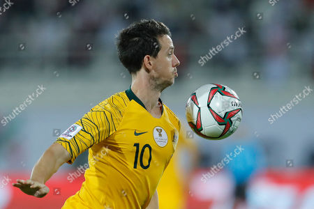 Australia's midfielder Robbie Kruse controls the ball during the AFC Asian Cup group B soccer match between Australia and Syria at the Khalifa bin Zayed Stadium in Al Ain, United Arab Emirates