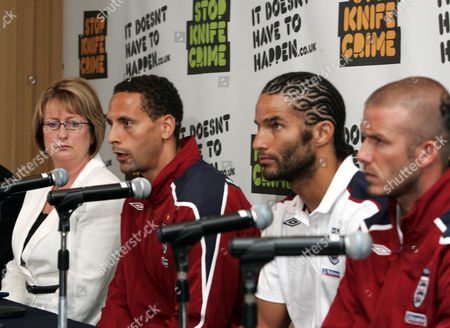 Jacqui Smith, Rio Ferdinand, David James and David Beckham