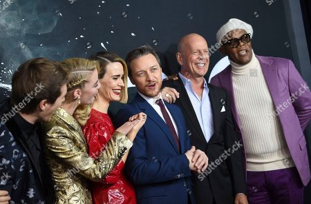 "Spencer Treat Clark, Anya Taylor-Joy, Sarah Paulson, James McAvoy, Bruce Willis, Samuel L. Jackson. Actors Spencer Treat Clark, left, Anya Taylor-Joy, Sarah Paulson, James McAvoy, Bruce Willis and Samuel L. Jackson attend the premiere of ""Glass"" at the SVA Theatre, in New York"