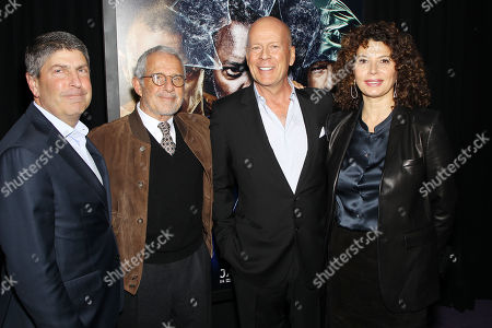 Jeff Shell (Chairman Filmed Ent. Croup), Ron Meyer (Vice Chairman NBCUniversal), Bruce Willis, Donna Langley (Chairman Universal Pictures)