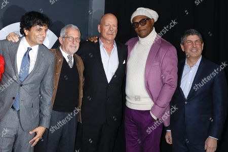 M Night Shyamalan, Ron Meyer (Vice Chairman NBCUniversal), Bruce Willis, Samuel L. Jackson, Jeff Shell (Chairman Filmed Ent. Croup)