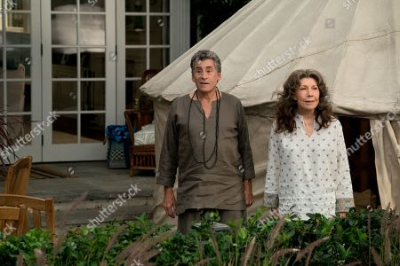 Paul Michael Glaser and Lily Tomlin as Frankie Bergstein