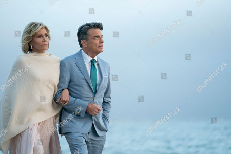 Jane Fonda as Grace Hanson and Peter Gallagher as Nick