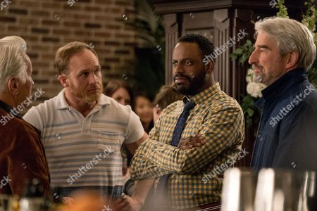 Martin Sheen as Robert, Ethan Embry as Coyote Bergstein, Baron Vaughn as Nwabudike Bergstein and Sam Waterston as Sol Bergstein
