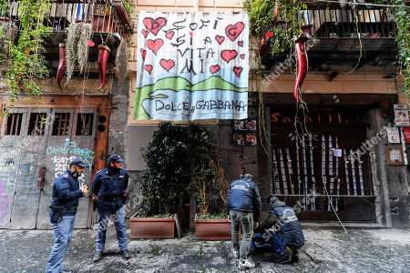 Bomb explodes outside the Gino Sorbillo pizzeria, Naples