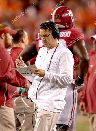 , 201 Santa Clara, CA...Alabama special teams coach Jeff Banks goes through pre-game drills before the national championship game between the Alabama Crimson Tide and the Clemson Tigers at Levi Stadium on Clemson defeated Alabama 4416. (Absolute Complete Photographer & Company Credit: Juan Lainez / MarinMedia.org / Cal Sport Media (Network Television please contact your Sales Representative for Television usage.) (Television usage must over-burn ''MarinMedia'' on the top right corner of the screen to use on television)