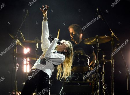 """Miley Cyrus performs during """"I Am The Highway: A Tribute to Chris Cornell"""" at The Forum, in Inglewood, Calif"""