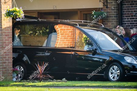 Max Clifford Is Cremated At Randalls Cremitorium Leatherhead 10th January 2017. Cliffords Whicker Coffin.please Note Pictures Are Taken Within Crematorium Please Legal.
