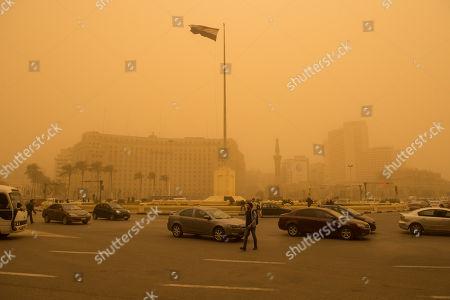 Sandstorm hits Cairo