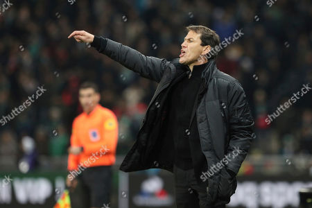 Marseille's coach Rudi Garcia yells at his players during their French League One soccer match against Saint-Etienne, in Saint-Etienne, central France