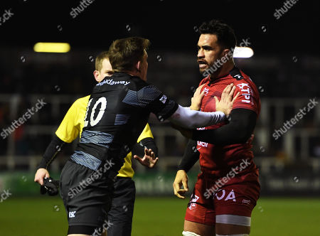 Stock Picture of Liam Messam of RC Toulon clashes with Toby Flood of Newcastle Falcons