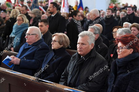 (L-R) Former Polish President and Nobel Peace Prize laureate Lech Walesa and his wife Danuta Walesa, former Polish President Aleksander Kwasniewski with his wife Jolanta Kwasniewska attend a funeral service of the late Gdansk Mayor Pawel Adamowicz at St. Mary's Basilica in Gdansk, Poland, 19 January 2019. On 13 January evening Gdansk Mayor Pawel Adamowicz was stabbed by a recently released convicted criminal who rushed onto the stage during the Great Orchestra of Christmas Charity finale in Gdansk. Adamowicz died from his injuries on 14 January afternoon without regaining consciousness. Adamowicz will be laid to rest in Gdansk's St. Mary's Basilica.
