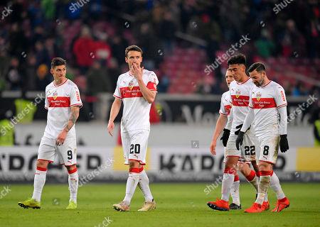 19.01.2019, Football 1. Bundesliga 2018/2019, 18.  match day, VfB Stuttgart - Mainz 05, Daimlerstadium Stuttgart. v.li: Steven Zuber (Stuttgart), Christian Gentner (Stuttgart), Nicolas Gonzalez (Stuttgart), Gonzalo Castro (Stuttgart) dejected .