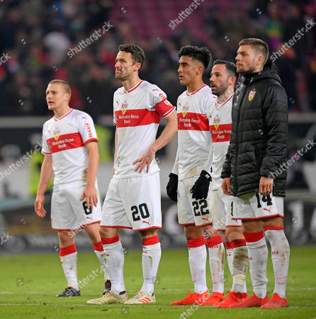 19.01.2019, Football 1. Bundesliga 2018/2019, 18.  match day, VfB Stuttgart - Mainz 05, Daimlerstadium Stuttgart. v.li: Santiago Ascacibar (Stuttgart), Christian Gentner (Stuttgart), Nicolas Gonzalez (Stuttgart), Gonzalo Castro (Stuttgart), Alexander Esswein (Stuttgart) dejected .