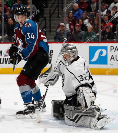 Los Angeles Kings v Colorado Avalanche