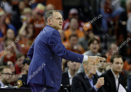 Oklahoma head coach Lon Kruger during the first half of an NCAA college basketball game against Texas, in Austin, Texas, . Texas won 75-72