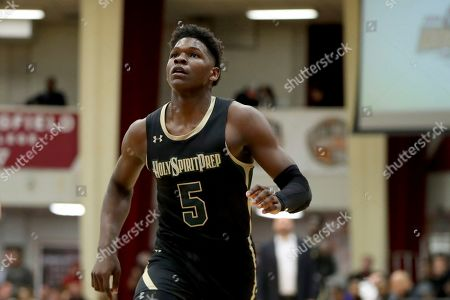 Holy Spirit Prep's Anthony Edwards #5 in action against Long Island Lutheran during a high school basketball game at the Hoophall Classic, in Springfield, MA