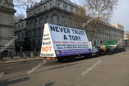 Pro and Anti-Brexit protests, London