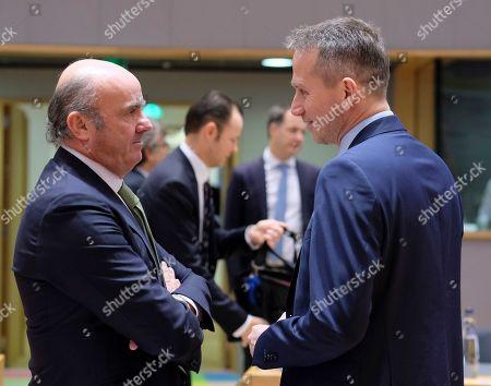 European central Bank (ECB) Vice President and Spanish Minister of Economy Luis de Guindos and Danish Finance Minister Kristian Jensen (R) talk during European Finance Ministers' meeting in Brussels, Belgium, 22 January 2019.