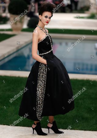 Italian model Greta Varlese presents a creation from the Spring/Summer 2019 Haute Couture collection by German designer Karl Lagerfeld for Chanel fashion house during the Paris Fashion Week, in Paris, France, 22 January 2019. The presentation of the Haute Couture collections runs from 21 to 24 January.