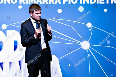 Alessandro Di Battista during a presentation of the Citizenship Income and Quota 100 pension reforms