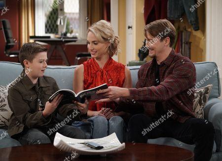 Jet Jurgensmeyer as Boyd, Molly McCook as Mandy Baxter and Christoph Sanders as Kyle