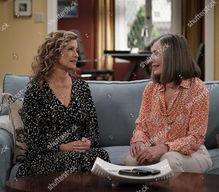 Nancy Travis as Vanessa Baxter and Susan Sullivan as Bonnie