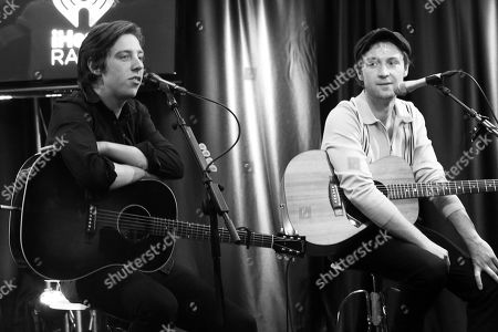 Catfish and the Bottlemen - Van McCann and Johnny Bond