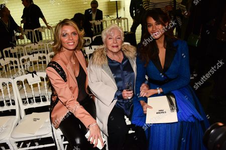 Sylvie Tellier, Line Renaud, Vaimalama Chaves in the front row