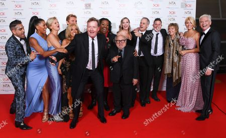 Stock Image of Danny DeVito with Dr Zoe Williams, Alice Beer, Steve Wilson, Dr Ranj, Martin Lewis, Phil Vickery, Lisa Snowdon, Nik Speakman and Eva Speakman, Rochelle Humes and Dr Chris Steele from 'This Morning'