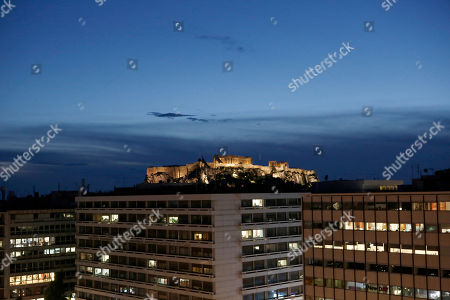 The illuminated Acropolis Hill is seen from the slopes of Syntagma Square, in Athens, Greece, 24 January 2019 evening. The discussion on the Prespes Agreement and processing of the draft law ratifying the name issue agreement signed by Greece and the Former Yugoslav Republic of Macedonia (FYROM) began on 23 January and will continue on 25 January, when voting will take place. According to Parliament President Nikos Voutsis, the number of speakers, including the party leaders, will be approximately 230 in total.