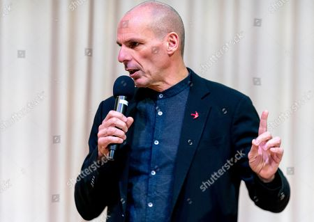 Yanis Varoufakis, lead Member of European Parliament candidate for 'Demokratie in Europa' (lit. Democracy in Europe) party in Germany for the movement 'European Spring', speaks in Berlin, Germany, 24 January 2019. 'Demokratie in Europa' will present its election program on 25 January 2019 for the EU election.