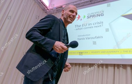 Yanis Varoufakis, lead Member of European Parliament candidate for 'Demokratie in Europa' (lit. Democracy in Europe) party in Germany for the movement 'European Spring', steps on stage in Berlin, Germany, 24 January 2019. 'Demokratie in Europa' will present its election program on 25 January 2019 for the EU election.