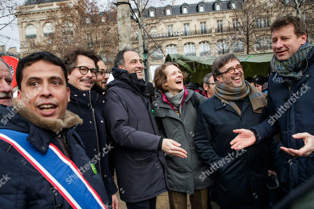 French essayist and founder of citizen movement 'Place publique' Raphael Glucksmann (C-L) and economist Thomas Porcher (2-L) and French Green Party (EELV) leader Yannick Jadot (R) attend the 'Agora for the climate' protest in Paris, France, 27 January 2019. Actions are planned in more than 90 cities to promote green solutions and make 2019 the year of the climate.