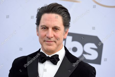 Scott Cohen arrives at the 25th annual Screen Actors Guild Awards at the Shrine Auditorium & Expo Hall, in Los Angeles