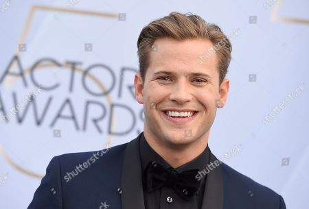 Wyatt Nash arrives at the 25th annual Screen Actors Guild Awards at the Shrine Auditorium & Expo Hall, in Los Angeles