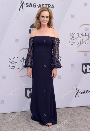 Lisa Emery arrives at the 25th annual Screen Actors Guild Awards at the Shrine Auditorium & Expo Hall, in Los Angeles