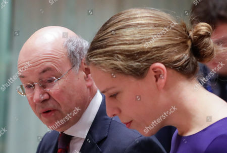 British state secretary for Rural Affairs and Biosecurity John Gardiner (L) and Dutch Minister of Agriculture, Nature and Food Quality Carola Schouten during a European Agriculture and Fisheries council at the European Council in Brussels, Belgium, 28 January 2019.