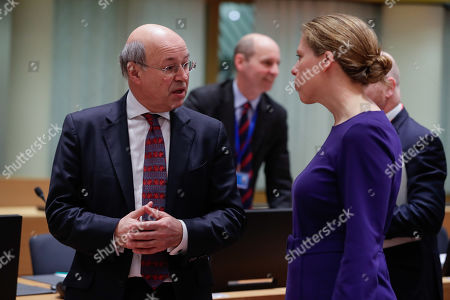 British state secretary for Rural Affairs and Biosecurity John Gardiner (L) and Dutch fisheries minister Carola Schouten during a European Agriculture and Fisheries council at the European Council in Brussels, Belgium, 28 January 2019.