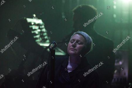 Massive Attack - Elizabeth Fraser and Robert del Naja aka '3D'
