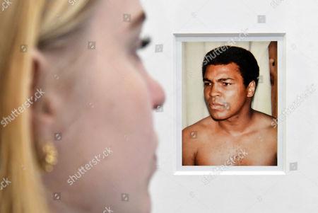 Andy Warhol polaroid of Muhammad Ali (1977) at Bastian gallery Andy Warhol Polaroid Pictures