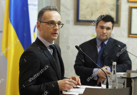 German Foreign Minister Heiko Maas (L) and Ukrainian Foreign Minister Pavlo Klimkin (R) seen speaking during a press conference in Kiev.