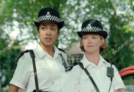 """BBC TV """"Specials"""". New BBC series featuring actors:  Kim Vithana [L] and Cindy O'Callaghan in uniform. 09/09/1991"""