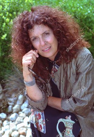 Anita Roddick Founder Of The Body Shop Empire For Feature By Mary Riddell. (also Picture Of Anita With Feminist Display In Entrance To Offices.By: