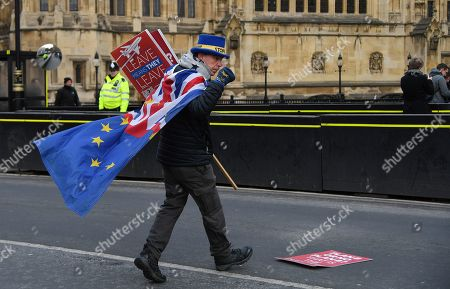 A pro EU campaigner attends a rally outside of the Parliament in London, Britain, 31 January 2019. The House of Commons is set to vote on British Prime Minister Theresa May's Plan B for Brexit on 13 February.