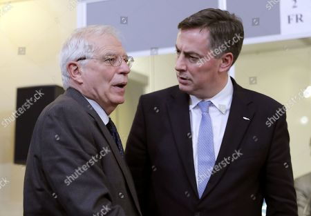Josep Borrel Fontelles (L), Spanish Foreign Minister chats with David McAllister (R), Chair of the European Parliament Foreign Affairs Committee during the informal meeting of EU Foreign Ministers at the Romanian National Bank Headquarters in Bucharest, Romania, 31 January 2019.
